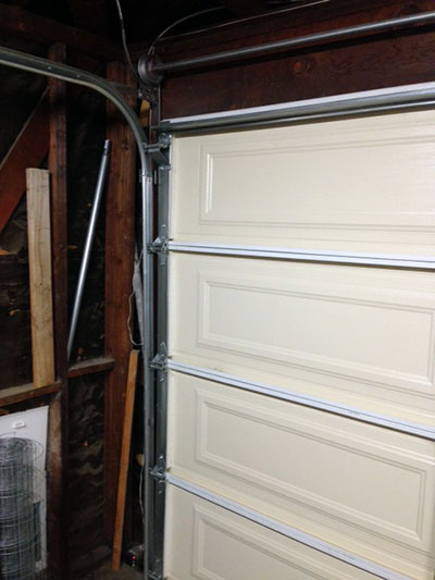 Garage Door Maintenance in Illinois